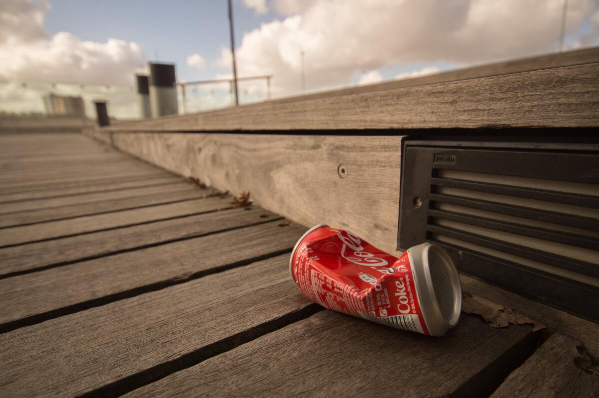 plechovka coca-cola